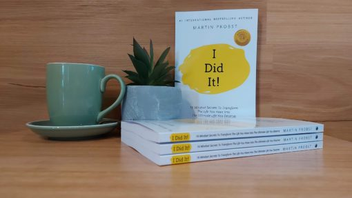Paperback with Cofee and plant - I Did It - 16 mindset secrets - personal development - International bestseller